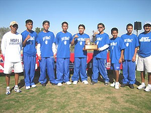 Hopi High School boys cross country 2A champions (Photo by Stan Bindell/NHO).