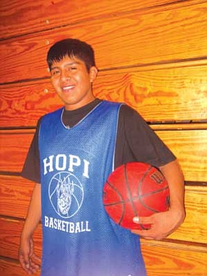 "Hopi High's Xavier ""Big X"" Kewanyama (Photo by Stan Bindell/NHO)."