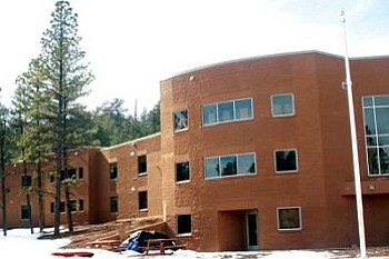 Kinlani Bordertown Dormitory in Flagstaff in shown Feb. 27. The dormitory, funded by a grant from the Bureau of Indian Education, gives students from various tribal groups in northern Arizona the ability to attend Flagstaff High School (Cronkite News Service Photo/Nora Avery-Page).