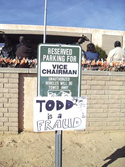 <i>Photo by Rosanda Suetopka Thayer/NHO</i><br> Various signs expressing the general displeasure of the state of Hopi political affairs were mounted in various spots in front of the Hopi tribal building.