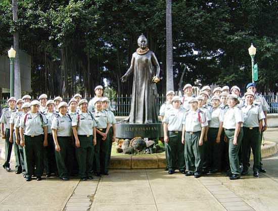 """<i>Courtesy photo</i><br> Last year's Hopi Bruin Battalion stand outside the state capitol building in Hawaii during """"Hopi to Hawaii 2."""""""