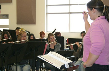 Free concert at Glassford Hill Middle School tomorrow | The