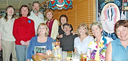 Ten members of the Singles Business meetup group gathered recently at Applebee's in Prescott for a networking lunch meeting. Standing from left are: Nancy Ibsen, Vera Foss, Roger Skaggs, Carole Danhires and Pauline Hardy. Seated, from left are: Bobbie Knorr, Max West, Sherri Barnes, Betty Parsonage and Nadia Clark.<br> Trib Photo/Cheryl Hartz