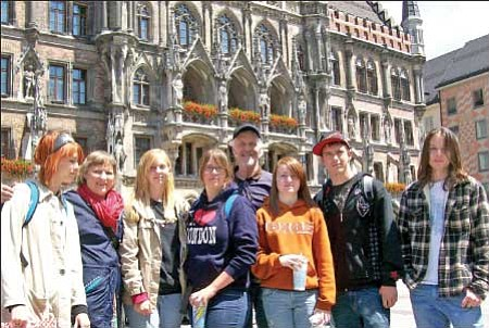 The BMHS group that toured Europe this summer poses in front of the Marienplatz in Munich, Germany. From left are Tess Harding, Georgianne Farness, Jourdan Kemsley, Hayley Young, Jay Farness, Lindsey Taylor, Shawn Young and Hal Gruver.<br> Courtesy Photo/Jay Farness