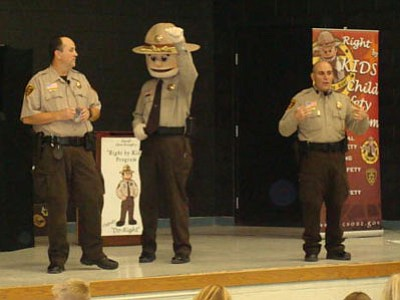 Coyote Springs Elementary School Red Ribbon Week activities included the Yavapai County Sheriff's Office Deputy Do-Right Show.<br> Courtesy photo