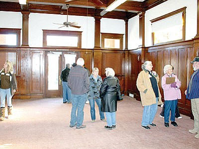 The D-H Historical Society invited the town council and community to tour the former Gateway Baptist Church on Main Street, Humboldt, on Jan. 17.<br> TribPhoto/Sue Tone