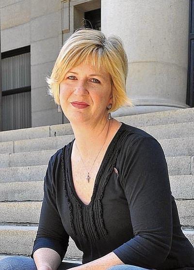 Dina L. Kurbat Mountcastle