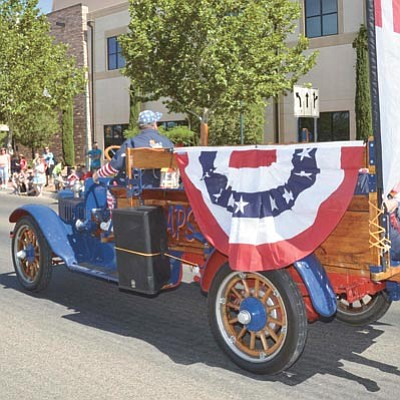Look for a great lineup of entertainment and family fun during this year's 37th annual PV Days and watch for the parade on Saturday, June 20. (Courtesy PV Chamber of Commerce)