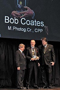 Bob Coates recieves the Buddy M. Stewart Award from PPA.