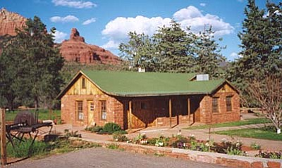 Blue Star Museum Program - 5/30 - 9/3: Free admission to museums for all active duty military personnel and their families.  Sedona Heritage Museum, 735 Jordan Road, Jordan Historical Park, Uptown Sedona. 928-282-7038.