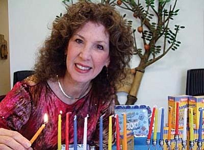 Rabbi Alicia Magal hosts Bubbie's Chanukah Dinner at SBG.
