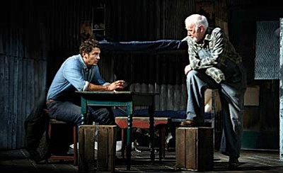 "Golden Globe winner and Academy Award nominee James Franco (127 Hours, Milk) and Tony Award nominee Chris O'Dowd (Bridesmaids, Girls) star in the hit Broadway production ""Of Mice and Men"", filmed on stage by National Theatre Live."