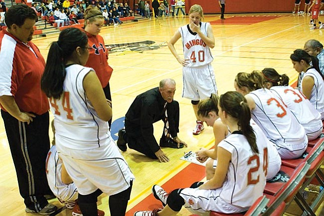 VVN/Shane DeLong Coach Will Rider talks to his team during a time-out.