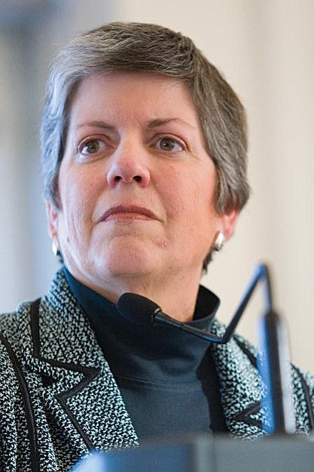 """VVN/Shane DeLong Janet Napolitano: """"I think the Democrats are going to unite behind Obama almost irrespective of who he chooses. He'll look, I'm sure, at a number of possibilities. The Democratic bench is a very deep one.''"""