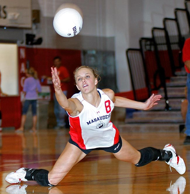 VVN/Matt Hinshaw Heather Rux dives for a ball during the game against Page at MUHS. Rux earned 1st Team All Region honors and was selected as the Grand Canyon Region MVP.
