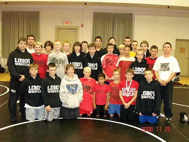 Courtesy Photo Team photo of the Cottonwood Middle School wrestling team.