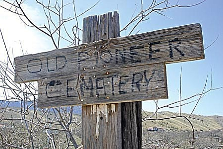 Old Pioneer Cemetery in Clarkdale is marked with this weathered sign at one corner of the property. VVN/Philip Wright