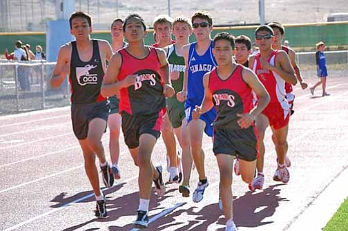 VVN/Cheryl Hartz Mingus distance runners Tim Freriks (3rd from left) and Daniel Jaimes (2nd from right) compete here in the regional 1600-meter run. At the state meet, Freriks finished 6th in the 1600-run and 5th in the 3200-run. Jaimes finished 15th in the 3200 at State.