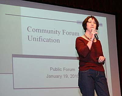 Barbara U'Ren, Superintendent of Cottonwood-Oak Creek School District led a Power Point presentation Tuesday night during a public forum on unification between C-OC at Mingus Union High School District. The forum was held in the MUHS Auditorium. VVN/Philip Wright<br/>