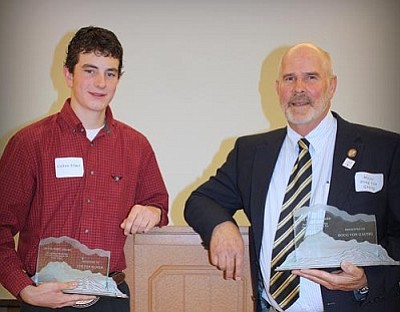 Colton Elmer, youth winner, and Mayor Doug Von Gausig, adult winner