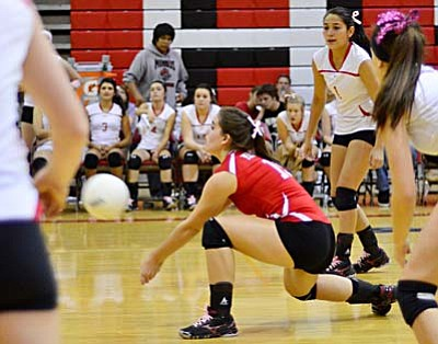 Backcourt specialist <b>Laura Wylie</b> receives a serve Thursday against Sedona. Wylie tallied 25 digs and 24 serve receptions in the match. VVN/Sean Morris