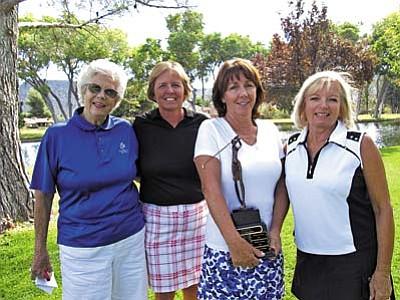Champs Diane Janusch, Donna Cantello, Lori Zaun, Dawn Bush.