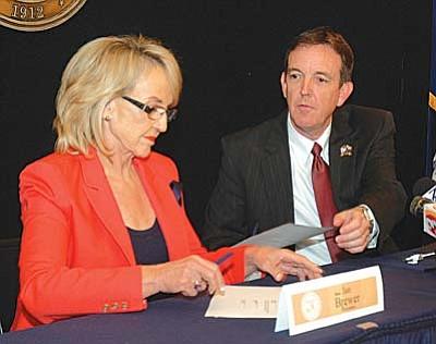 Gov. Jan Brewer and Secretary of State Ken Bennett
