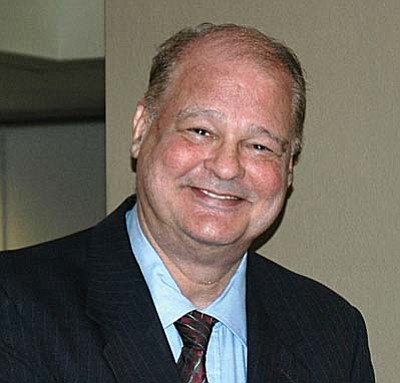 Arizona Attorney General Tom Horne proposed firearm training for school principals or adminstrators while the state cannot afford to put a police officer on each campus.