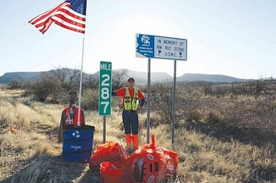 VVN/Raquel Hendrickson<br> Tuesday and Wednesday, Gary Chamberlain will be picking up 100 bags of trash across 100 miles of Interstate 17, from Camp Verde to Anthem and back again. The aim is to pick up one bag of garbage at each mile post to bring awareness to the trashing of the Arizona Veterans Highway.