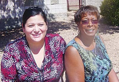 Cottonwood Public Library Youth Services Clerk Liz Guerra and Manager Vanessa Ward (Courtesy photo).