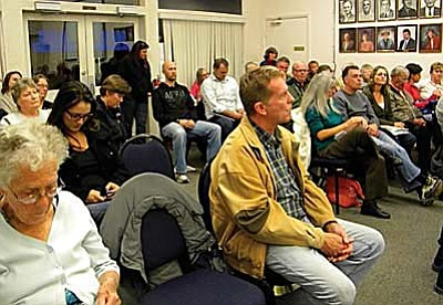 The Cottonwood City Council Chambers were filled to capacity Dec. 3 during the first reading of the city's proposed civil unions ordinance. VVN/Jon Hutchinson
