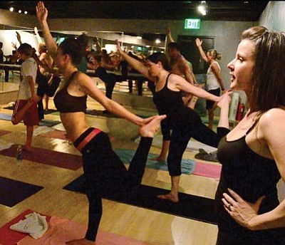 Video Cottonwood Hot Yoga The Verde Independent Cottonwood Az