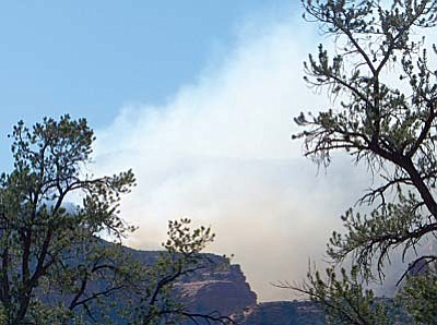 Smoke from the Fay Fire in the Secret Mountain Wilderness near Sedona adds to the haze across the Verde Valley. It was ignited by a fatal plane crash Sunday.<br /><br /><!-- 1upcrlf2 -->VVN/Jon Hutchinson