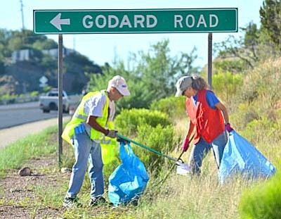 Roy Buck And Beth Cady were out early picking up trash. <br /><br /><!-- 1upcrlf2 -->