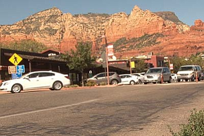 The Sedona ordinance forbids all cellphone use while driving except with a hands-free device. (Cronkite News Photo by Jacqueline Pulido)