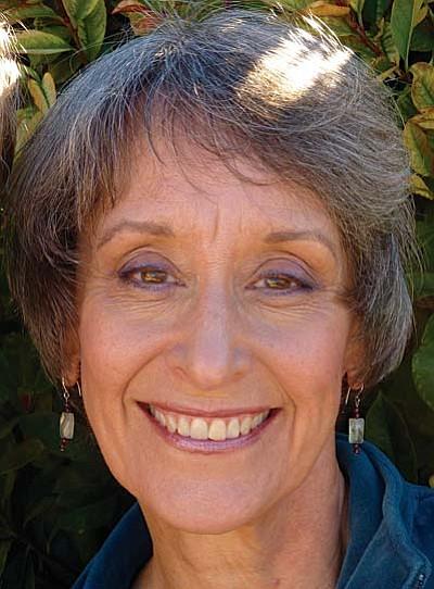 Dr. Marta Adelsman