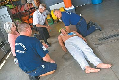 """You can forget about mouth-to-mouth breathing and ever-changing ratios: Now its """"Chest-Compression-Only"""" CPR that's being recommended for rescuers. VVN/Vyto Starinskas"""