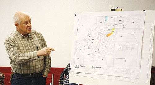 <br>Patrick Whitehurst/WGCN<br> Arizona State Railroad Museum Director and CEO Al RIchmond points to a map showing the proposed location for the museum. Richmond visited with members of Williams City Council during their regular meeting March 11.