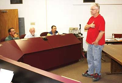Patrick Whitehurst/WGCN<br> Tom Garland with the E Clampus Vitus, Lost Dutchman Chapter, historical group presents the groups plan for a historical marker to council members.
