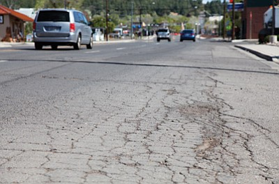 The pavement damage on Grand Canyon Boulevard between Fulton Avenue and Edison Avenue would cost the city of Williams $189,583 to repair. Ryan Williams/WGCN