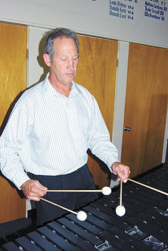 <br>Patrick Whitehurst/WGCN<br> John Priest on the marimba.