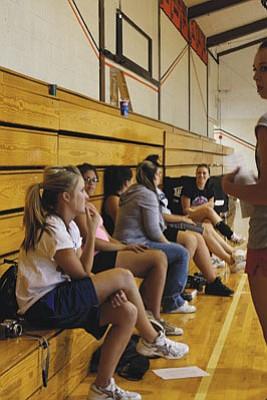Ryan Williams/WGCN Members of the Lady Vikings team at a recent Williams High School practice.