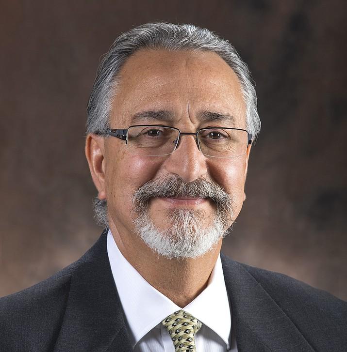 Orthopedic surgeon, Dr. Francisco Jaume Jr.
