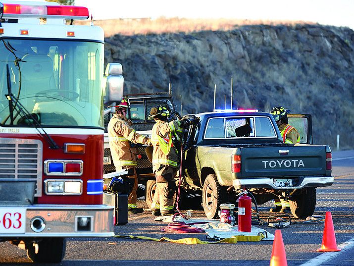 Fatal crash in Paulden involves 3 vehicles | The Daily
