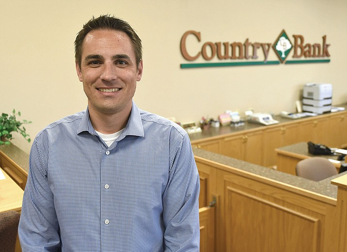 Ryan Glennan is the Senior Vice President and Commercial Loan Officer at Country Bank in Prescott.