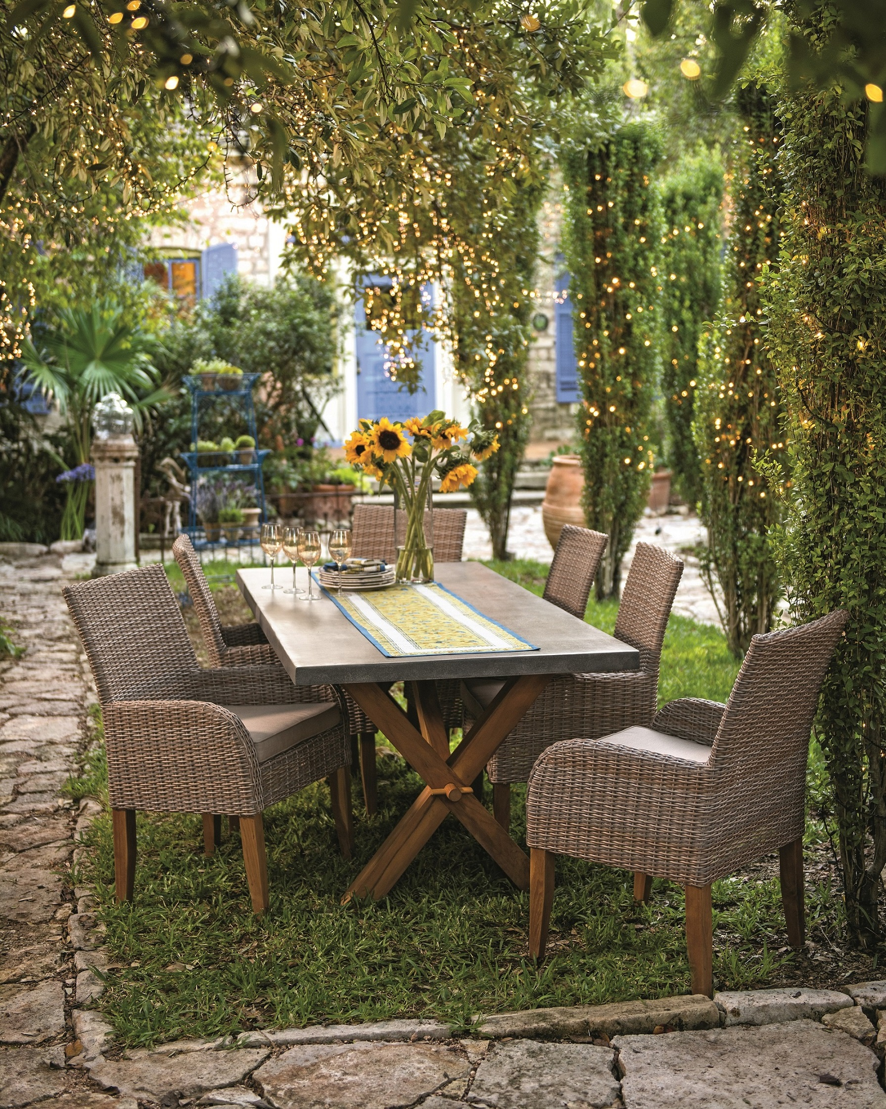 Create memorable moments this summer – design an outdoor room for ...