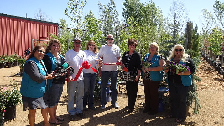 The Prescott Valley Chamber of Commerce was happy to welcome new member Earthworks Garden Supply.