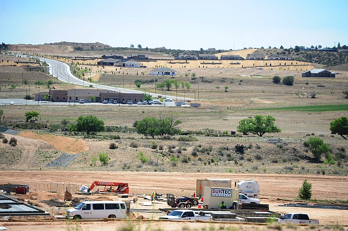 Centerpointe West has numerous new businesses under various stages of construction. (Les Stukenberg/The Daily Courier)
