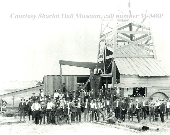 Arizona-Oklahoma Gas and Oil Company well, Chino Valley, Arizona, October 24, 1917. Courtesy Sharlot Hall Museum, call number M-348P