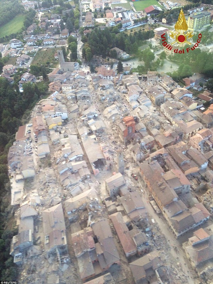 A general view following an earthquake in Amatrice, central Italy, is seen in this August 24, 2016 photo provided by Italy's Fire Fighters.